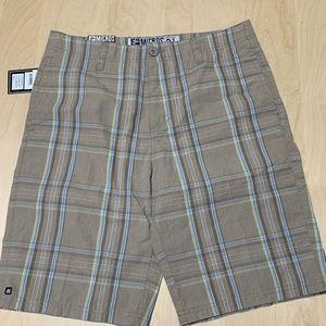 NWT Mens shorts khaki stripe size 31 by Micros